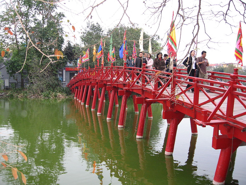 Húc bridge - Things to do in Hanoi