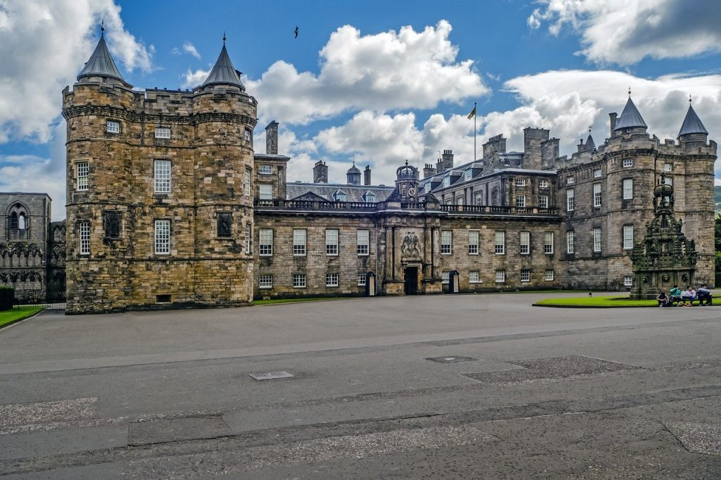 Holyroodhouse Palace - Visit to Edinburgh