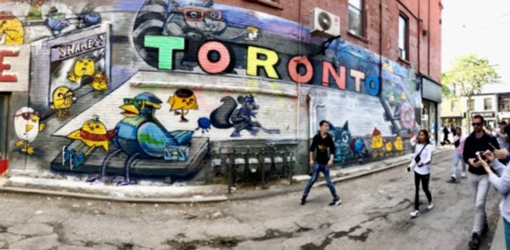 Graffiti Alley - 48 hours in Toronto